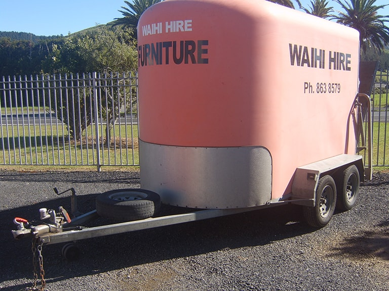 Furniture trailer tandem axle